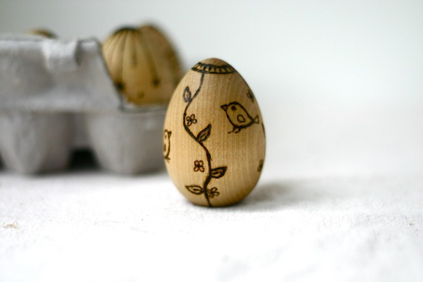 Wood burned wooden eggs for baby's Easter basket - birds | OnePartSunshine.com