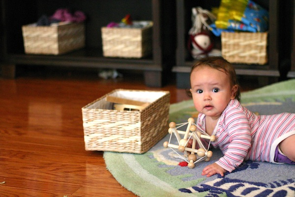 Heuristic Baby Play Using Natural and Found Objects 1 | OnePartSunshine.com