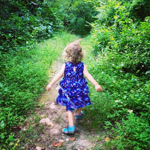 Ways to Encourage Kids to Love Nature | Nature Walks