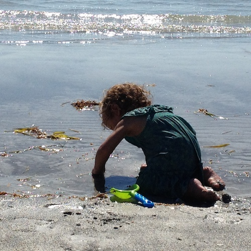 Ways to Encourage Kids to Love Nature | Ocean Play